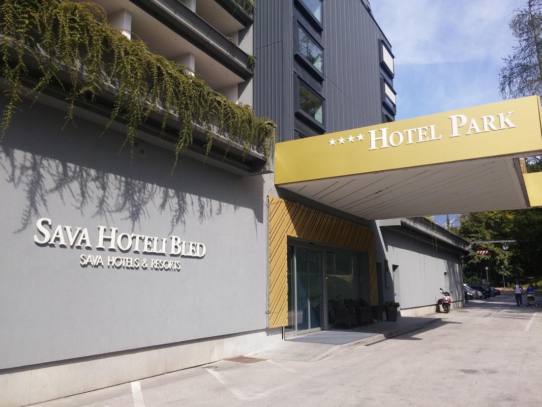 Vhod v Hotel Park