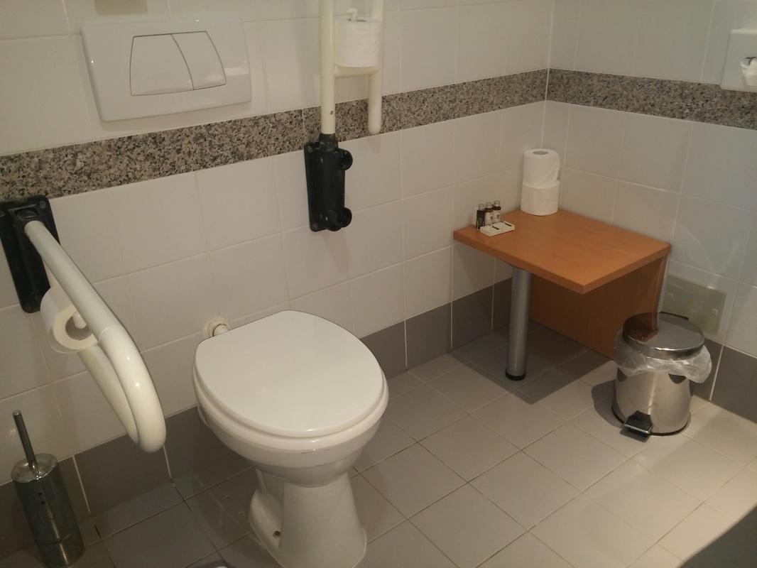 Splošni invalidski wc