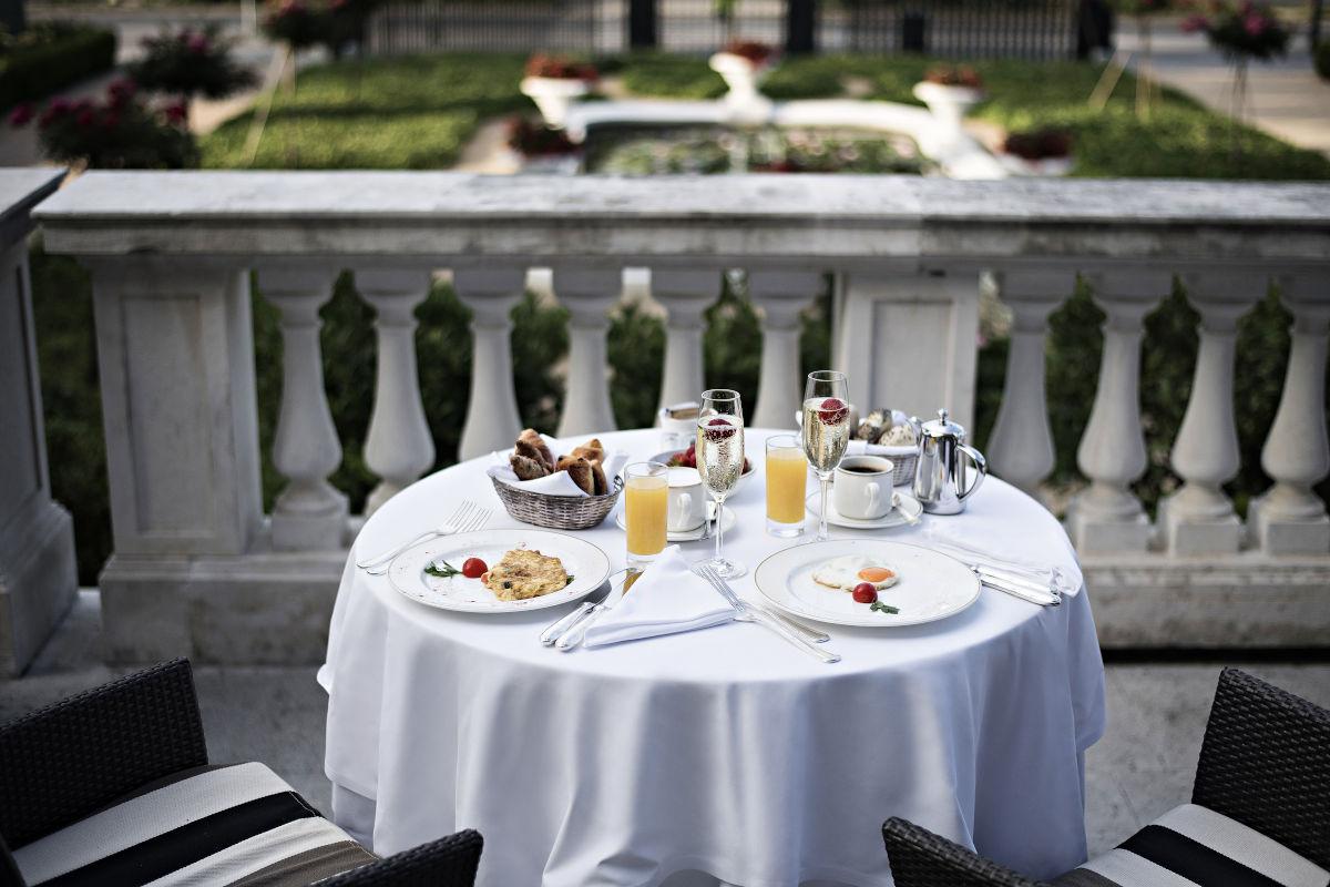 Hotelski zajtrk