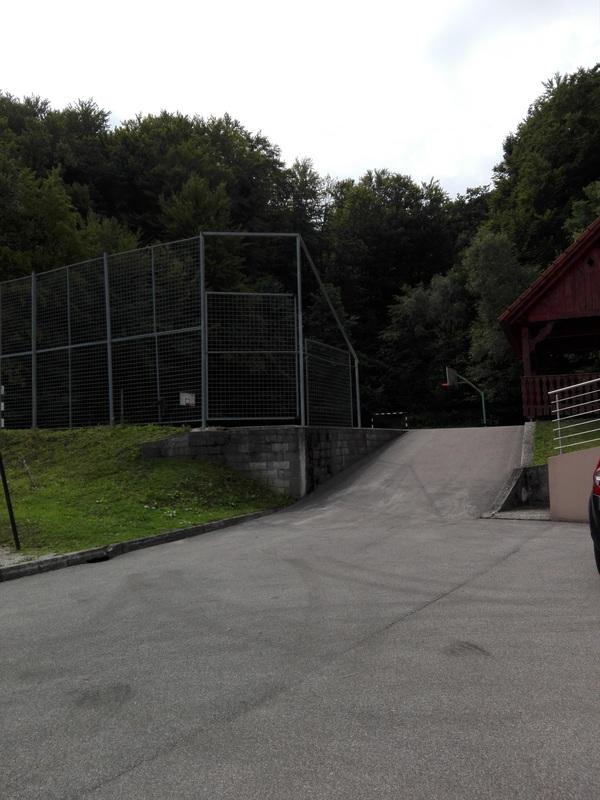 Dostop do igrišča