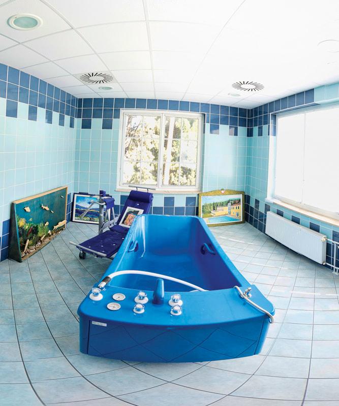 Notranji terapevtski bazen