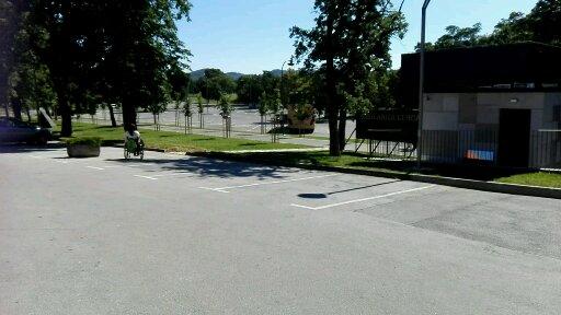 Dodatna parkirišča