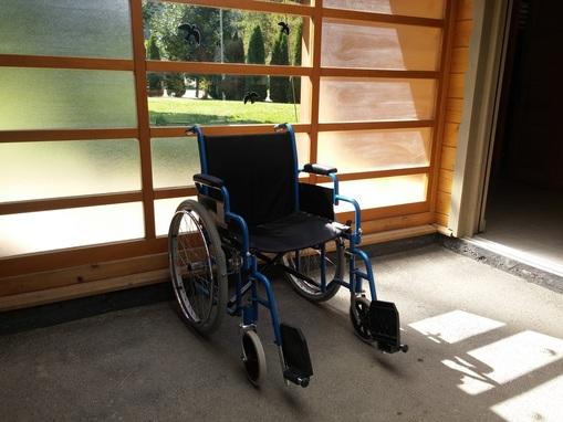 Invalidski vozički na izposojo