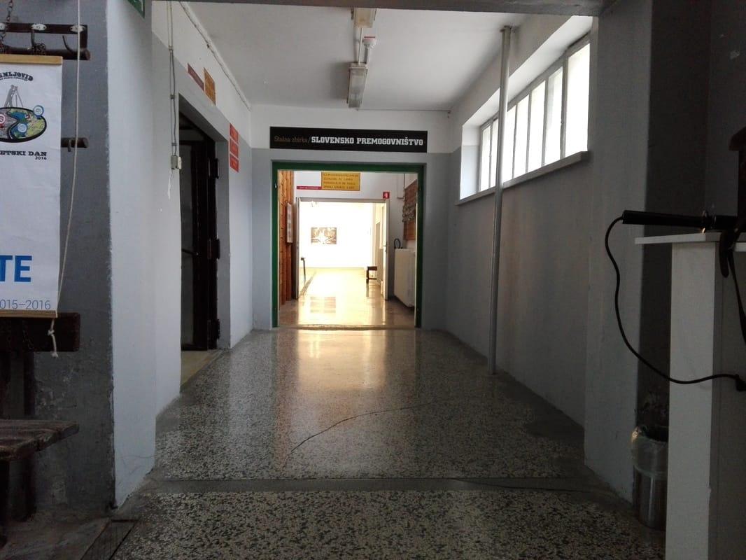 Širok hodnik