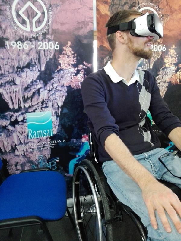 Očala za virtualni ogled jam