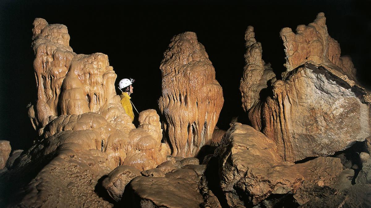Kapniki v jami