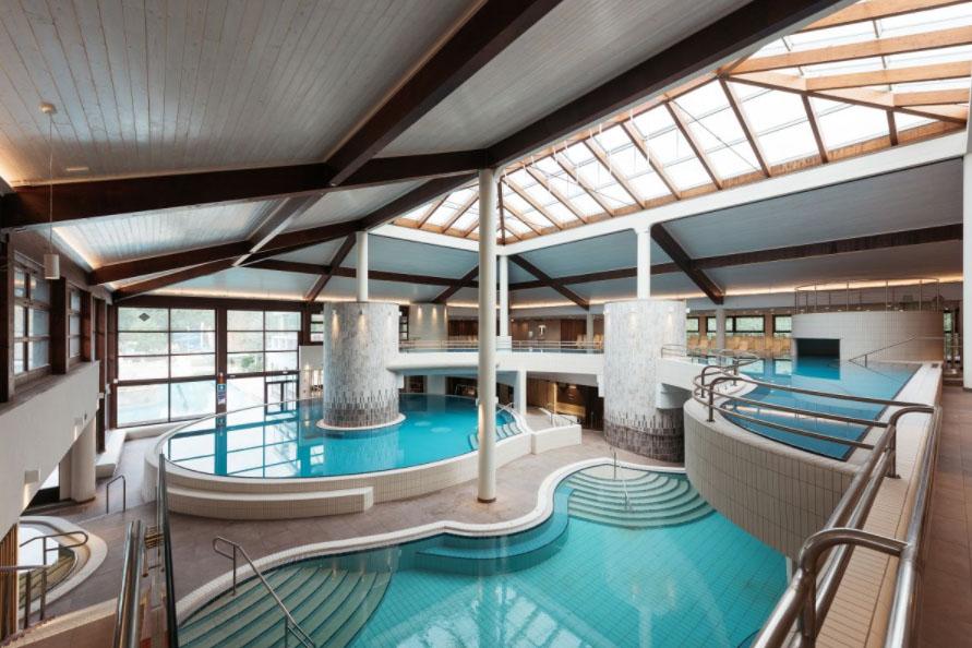 Notranji bazeni