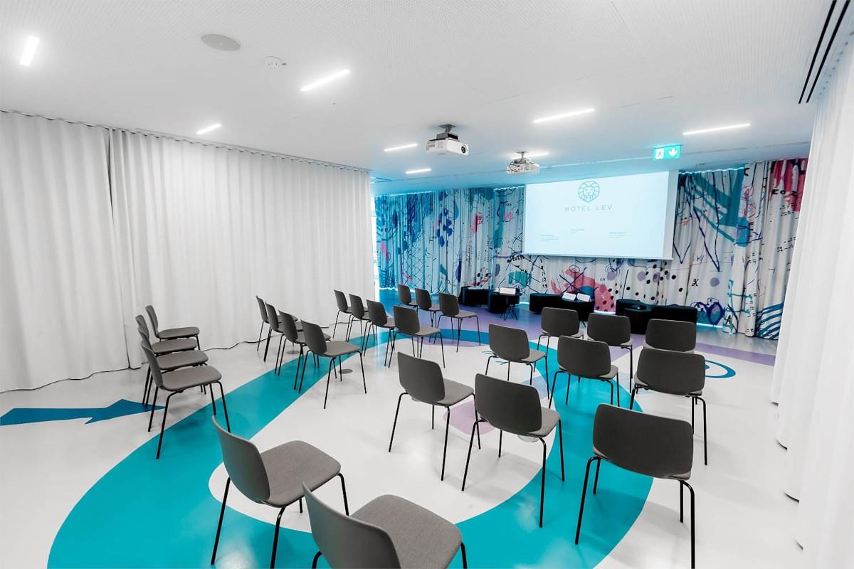 Konferenčna dvorana