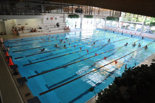 Plavalni center