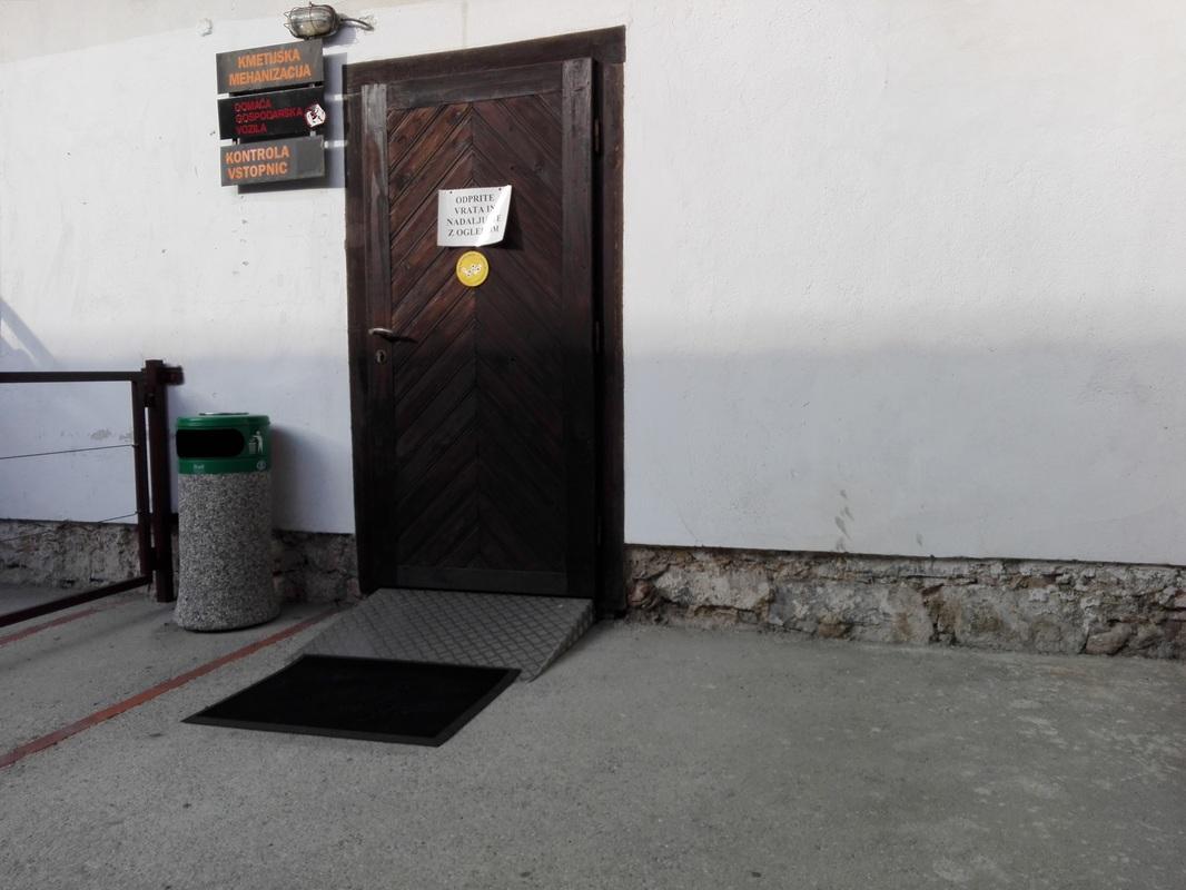 Klančina pred vrati