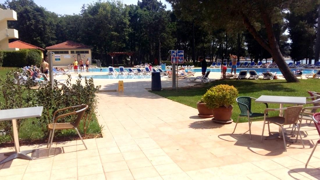 Dostop do bazena