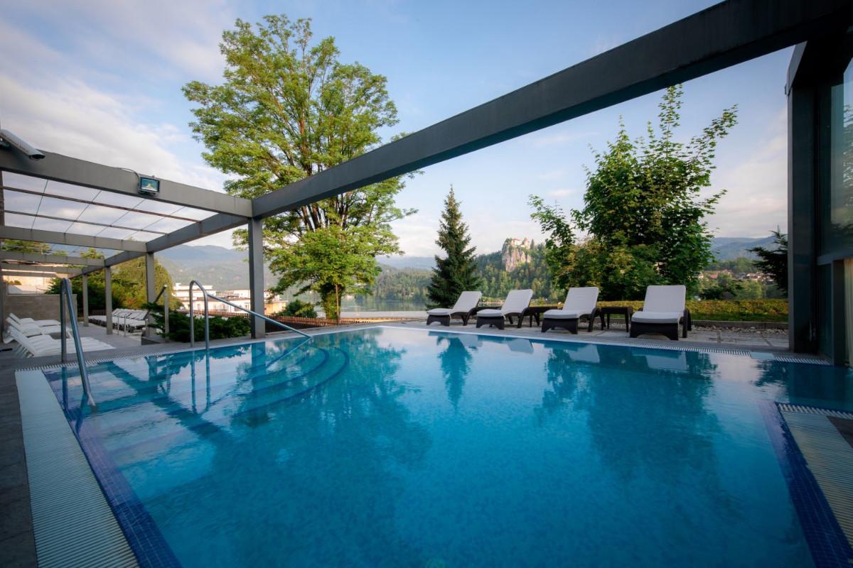 Zunanji bazen Hotela Rikli