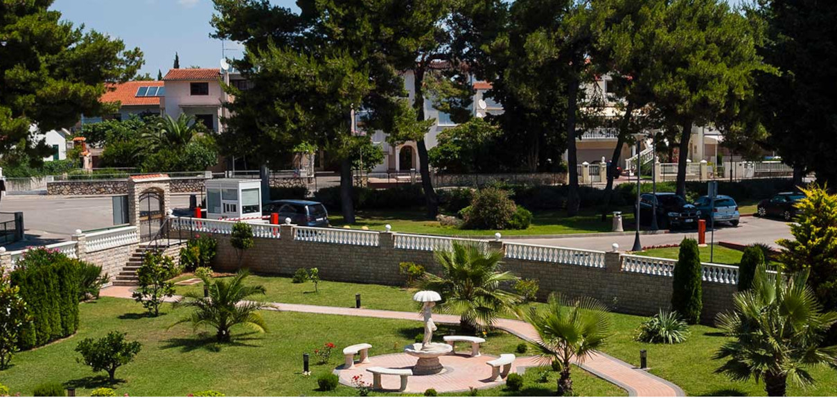 Hotelski park
