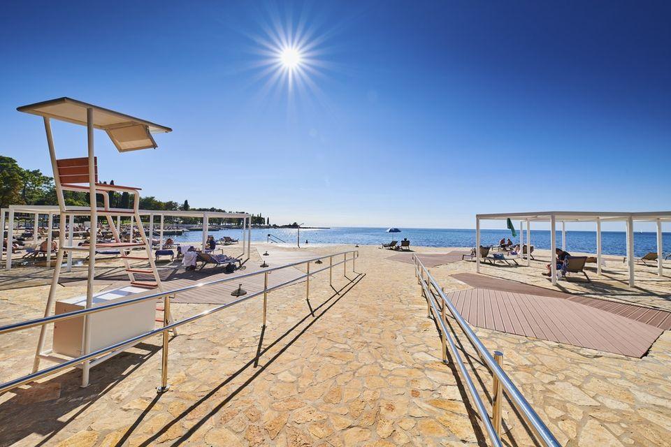 Dostop do hotelske plaže