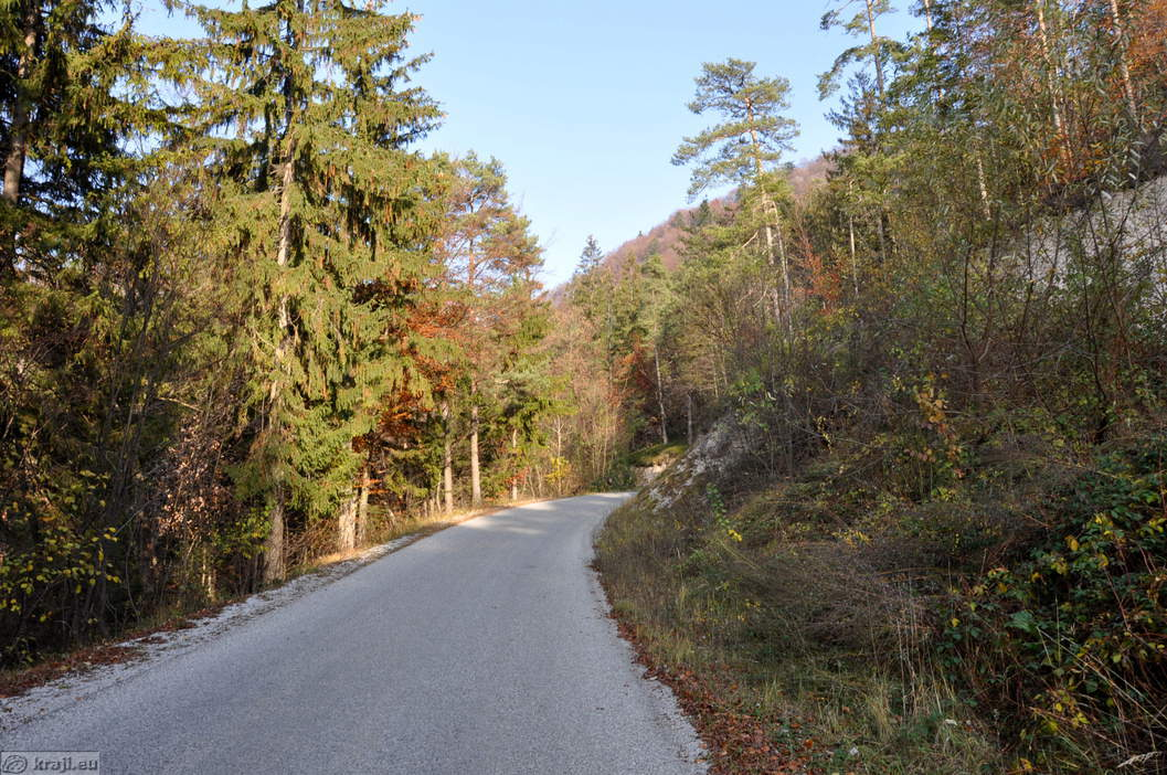 Cesta na Zasavsko sveto goro