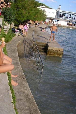 Klančina za v vodo