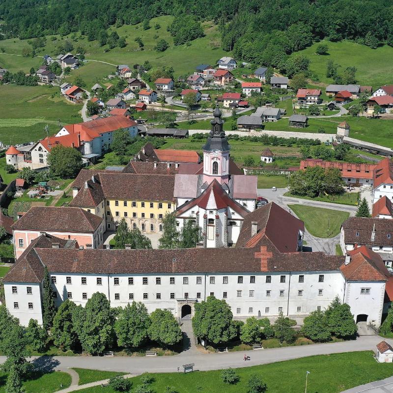 Cistercijanski samostan Stična iz zraka