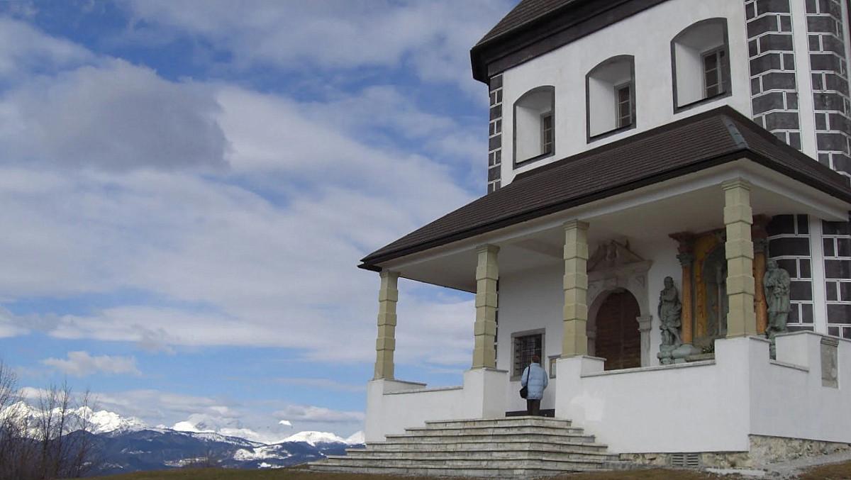 Limbarska gora ponuja razgled na vse strani