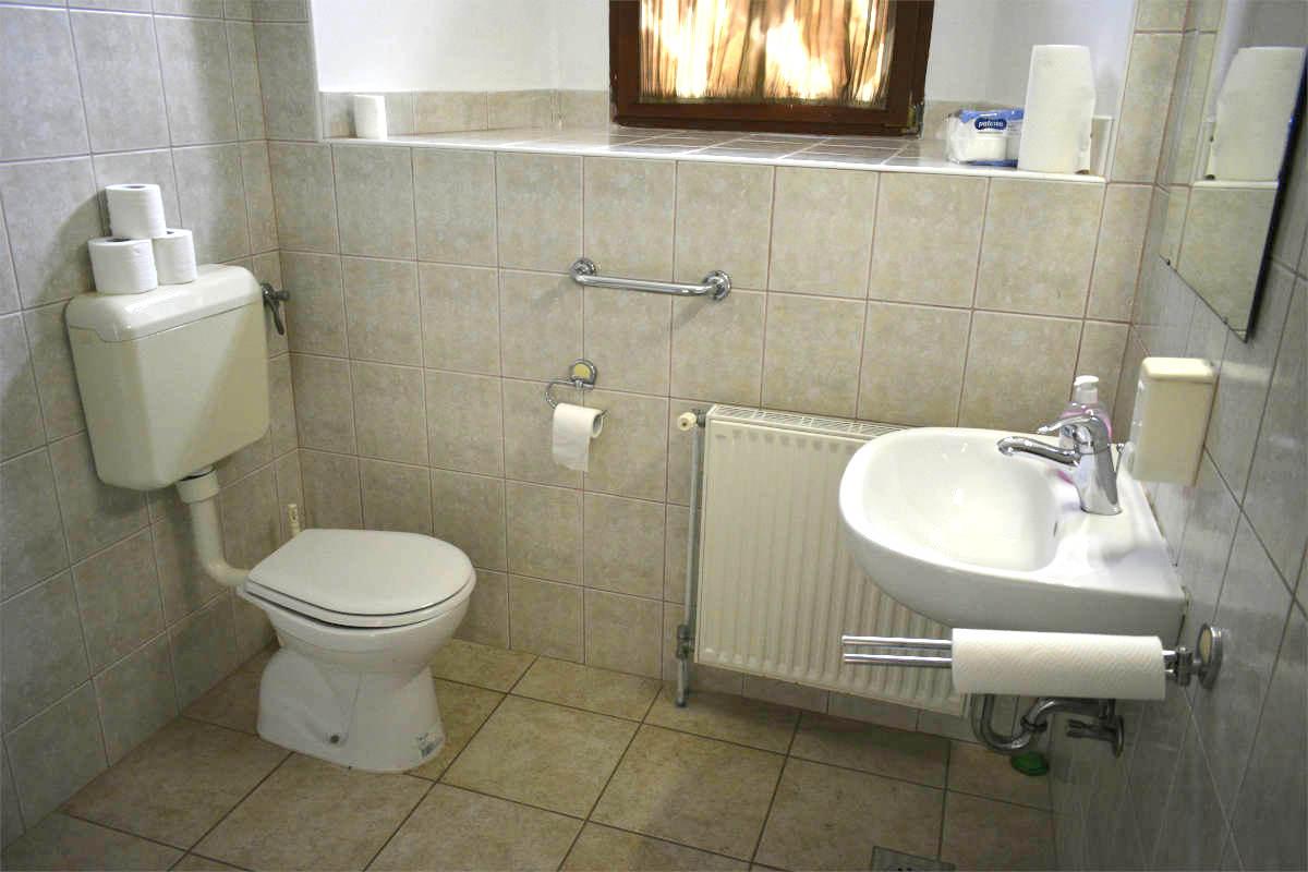 Splošne prilagojene sanitarije