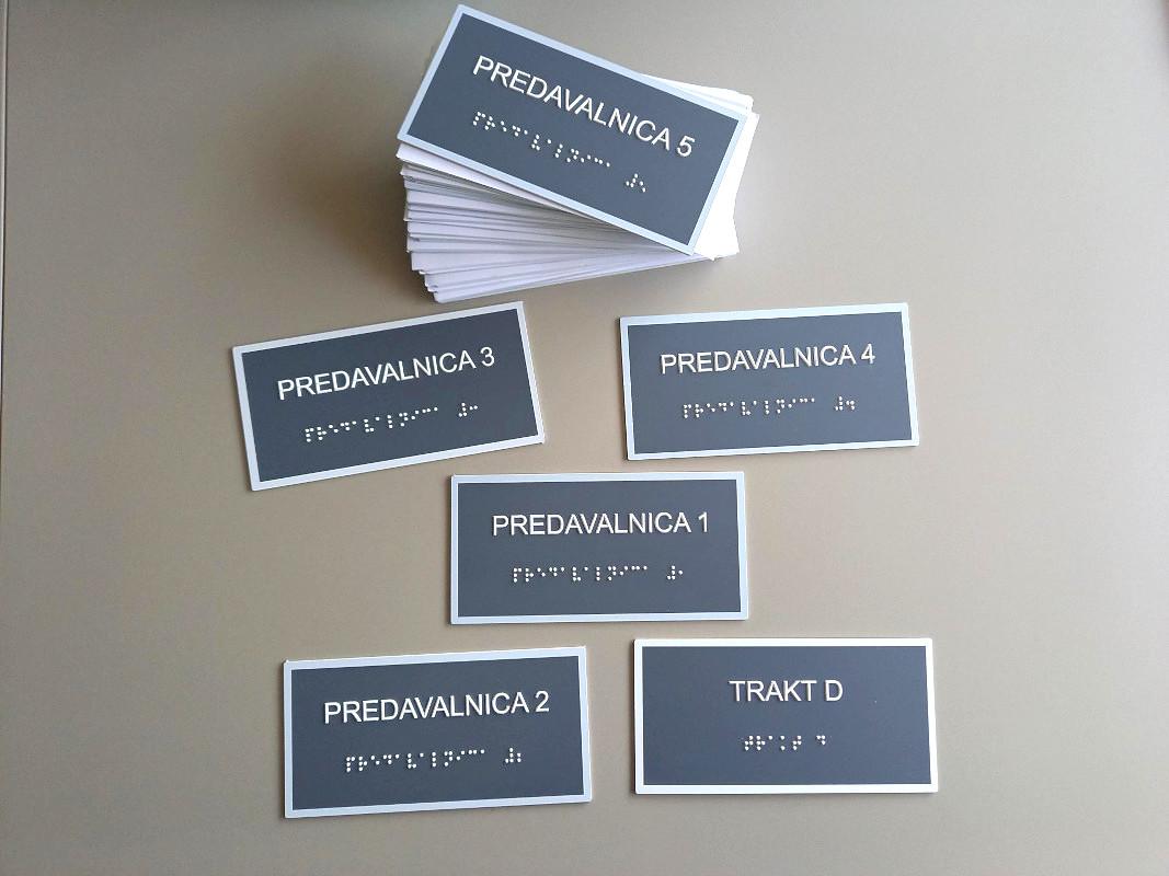Napisne taktilne tablice